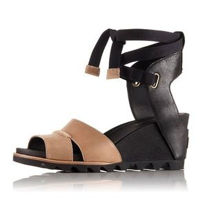 Sorel Women's Joanie Wrap Wedge Sandal